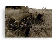 Dads old Tractor Canvas Print