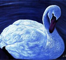 Swan on water by Margaret Sanderson