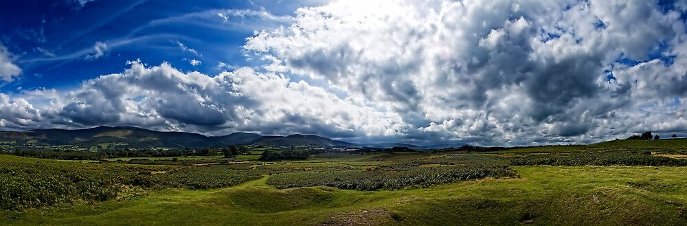Brecon Beacons Panorama in Colour by Noel Taylor