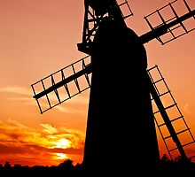 Norfolk Sunset behind Windmill by energyman242
