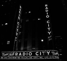Radio City Music Hall (New York) by LinneaJean
