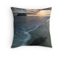 Charred dawn rift Throw Pillow