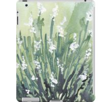 A gallery of White flowers iPad Case/Skin