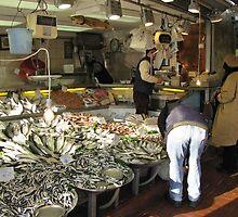 A fish market in Istanbul by rasim1