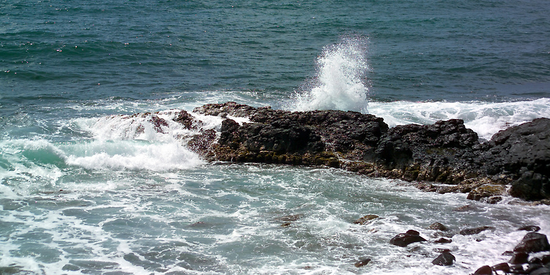 surf kauia high tides by Dennis Begnoche Jr.