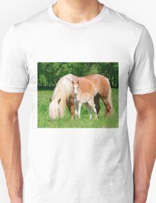 Haflinger, mom and foal Unisex T-Shirt
