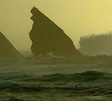 Splashes at Adraga beach by BaZZuKa
