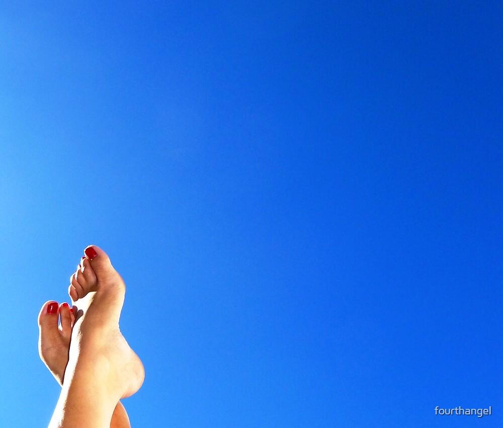 Happy Feet by fourthangel