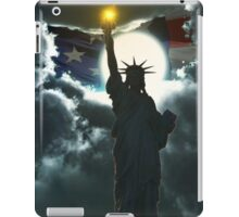 Statue of Liberty with American Flag iPad Case/Skin