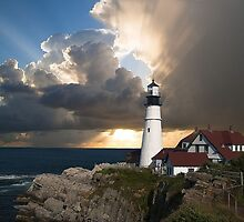 Lookout Lighthouse by Edmond  Hogge