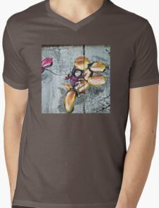 Koons was playing the game Mens V-Neck T-Shirt