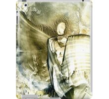 Reloading peaceful planetary mission iPad Case/Skin