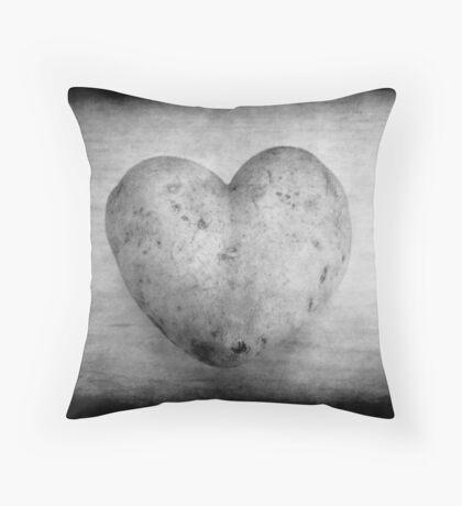 Potato of love Throw Pillow