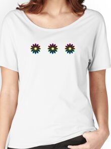 Simple Black & White Daisy Pattern  Women's Relaxed Fit T-Shirt
