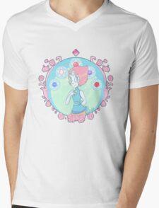 Pearl Nouveau Mens V-Neck T-Shirt