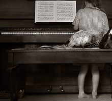 Piano Puppy by Elizarose