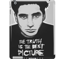 Robert Capa - The Truth is the best picture iPad Case/Skin