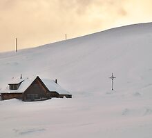Lonely cabin in the snow by Mario Curcio