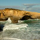 London Bridge,Great Ocean Road by Joe Mortelliti