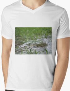 Splash Mens V-Neck T-Shirt