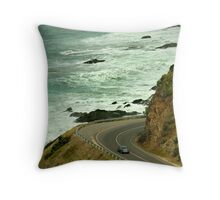 Bend,Great Ocean Road Throw Pillow