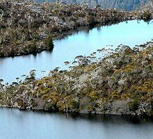 Lake Hanson, Cradle Mountain, Tasmania, Australia. by kaysharp