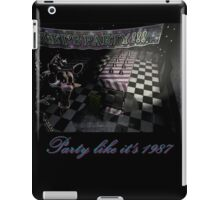 Five Nights at Freddy's 2: Party Like It's 1987 (Feat. Mangle) iPad Case/Skin