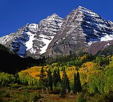 Maroon Bells Autumn  by Mike Norton