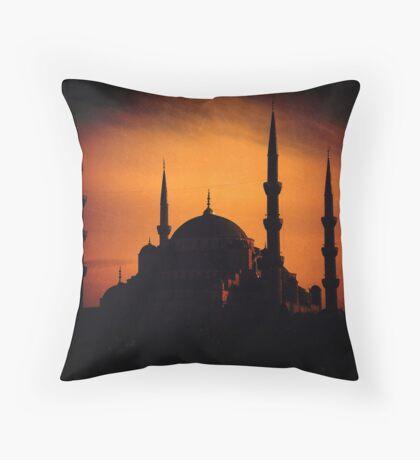İstanbul 01 Sultanahmet Camii Throw Pillow