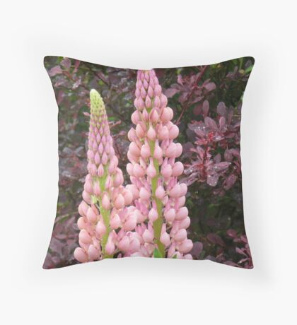 happy marriage of berberis and lupin Throw Pillow