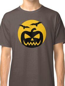Creepy Jack-O-Lantern and bats Classic T-Shirt