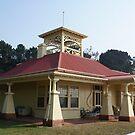 handsome home, Mornington Peninsula by BronReid