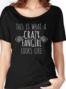 this is what a crazy fangirl looks like (white) Women's Relaxed Fit T-Shirt