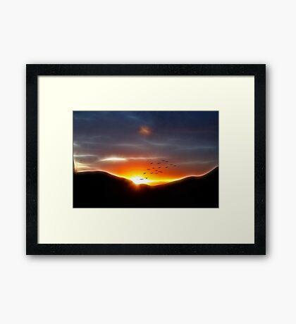 FRACTALIUS LIGHT Framed Print