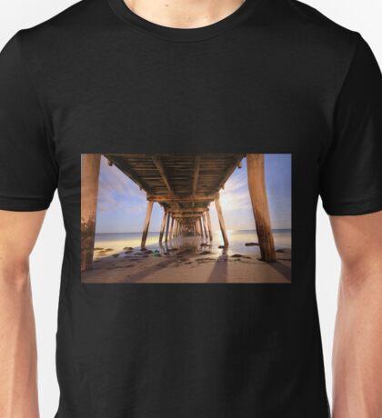 Grange Jetty: An early start before sunrise Unisex T-Shirt