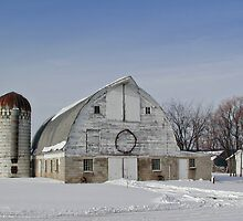 Winter Holiday White Barn with Wreath by livinginoz