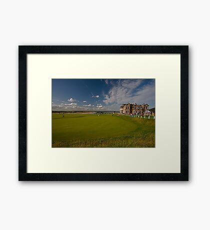 GOLFERS DREAM Framed Print