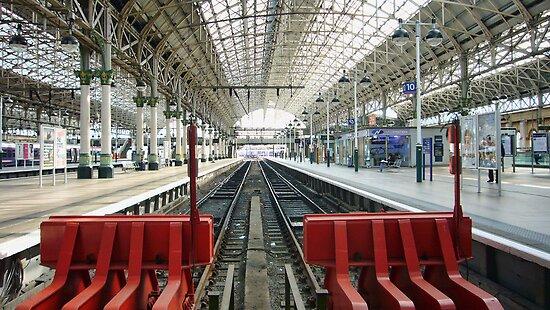 Platform 10 by Ray Clarke