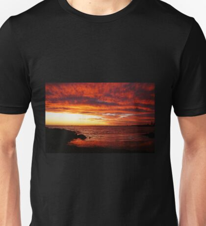 Red Sky at Night, Elwood Beach Unisex T-Shirt