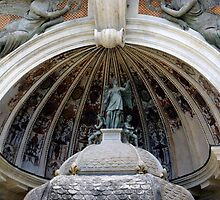 detail, fountain of the organ, villa d'Este, Tivoli, Italy by BronReid