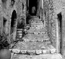 Saint Paul de Vence  by wildone