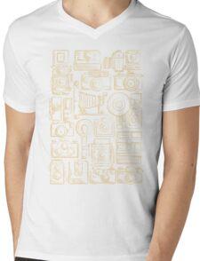 Paparazzi Beige Mens V-Neck T-Shirt