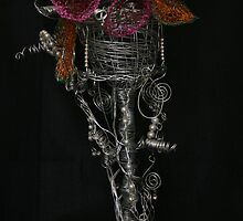 Wire goblet by paula cattermole artinapuddle