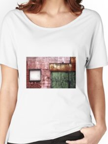 Old building facade, Richmond Women's Relaxed Fit T-Shirt