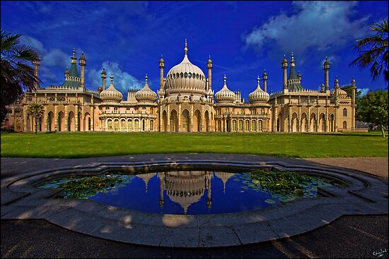The Royal Pavilion at Sunrise, Brighton, UK by Chris Lord