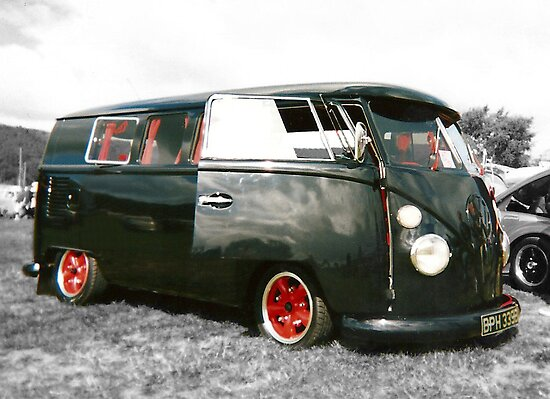 Sexy Slammed Splitty in Black n Red by Daisy-May