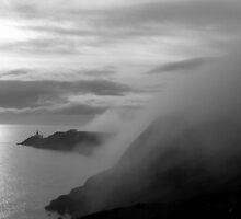 Bailey Lighthouse by Alan Reid
