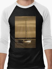 Out To The Wind Men's Baseball ¾ T-Shirt