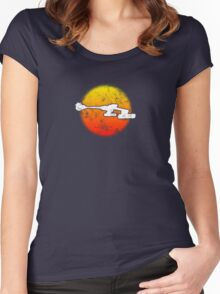 Star Empire Battle Cruiser D7 Flyby - Dark Women's Fitted Scoop T-Shirt