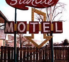 Starlite Motel by Carin Fausett